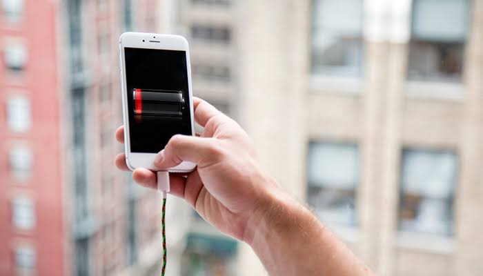 Simple Ways To Extend Your Smartphone Battery Life
